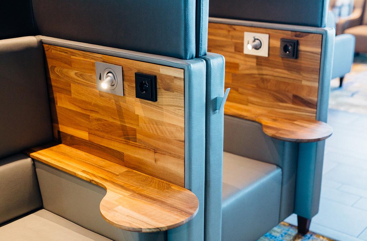 Akustoidut Silent Box -puhelinkopit, Plaza Premium Lounge